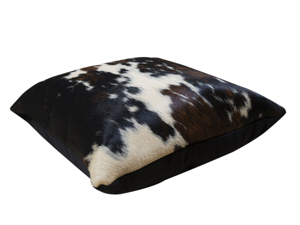 Cushion Cow Dyed Beige